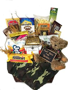Custom Camping Gift Basket with Smores! - Custom Camping Gift Basket with Smores! Camping Gift Baskets, Camping Gifts, Shower Basket, Sand Crafts, Teacher Gifts, Teacher Stuff, Jar Gifts, Recipe Collection, Homemade Gifts