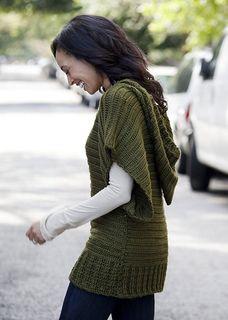 V-neck topper crochet dolman pattern - free http://www.ravelry.com/patterns/library/v-neck-topper