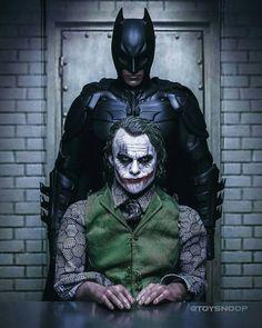 Joker vs Batman iPhone Wallpaper – Best of Wallpapers for Andriod and ios Batman Joker Wallpaper, Joker Iphone Wallpaper, Batman Artwork, Joker Wallpapers, Iphone Wallpapers, Joker Film, Joker Comic, Joker Art, Joker Batman