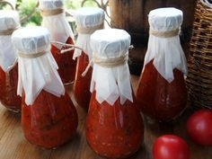The recipe is under the cut . Tomatoes - 2 kg pass through a meat grinder or chop. Boil in a saucepan for 5 minutes. Add ½ cup granulated sugar and 6 . Food Storage, Basil Sauce, Vegan Cafe, Pickle Jars, Food Club, Saveur, Creative Food, Hot Sauce Bottles, I Foods