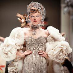 bridal-couture-yumi-katsura-2013-wedding-dress