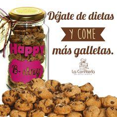 Porque con nosotros las dietas no valen!!! Comparte con tus mejores amig@s. #galleta #regalos #regala #detallesempresariales #regalosdiferentes #fortaleciendolazos #regalostodacolombia Cereal, Chocolate, Breakfast, Instagram, Food, Frases, Cookies, Sweets, Diets