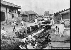 1940년대 평양 개울가 ,이당시 인구가 20만 정도..