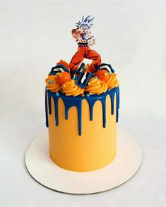 Cake Decorating Designs, Easy Cake Decorating, Cake Designs, Fondant Cakes, Cupcake Cakes, Dragonball Z Cake, Bolo Naruto, Pokemon Birthday Cake, Cake Design Inspiration