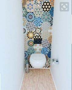 Transform your bathroom with boho tiles - Verwandeln Sie Ihr Badezimmer mit Boho-Fliesen - # Fliesen interior walls Bad Inspiration, Bathroom Inspiration, Bathroom Ideas, Cloakroom Ideas, Bathroom Designs, Toilet Closet, Bathroom Closet, Shower Bathroom, Downstairs Toilet