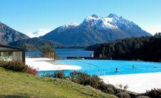 frío afuera. piscina climatizada. aire puro.