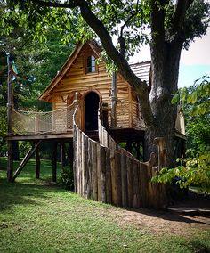 Very Cool Tree House at Cheekwood Gardens, TN.