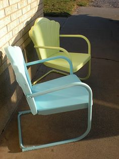 Mom and dad had some of these.  When it rained, the rain would pool up in the seat, and you would have to dump the water out and dry them off just so you could sit in it.  There was always a ring on the seat where the water had sat.
