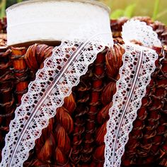 """Pure White Symetrical Galloon Lace Trim 1¼"""" wide 