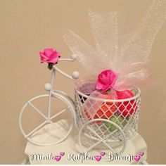 Lembranças Chocolate Pack, Sarah Kay, Ideas Para, Flower Arrangements, Baby Shower, Crochet, Flowers, Elephant Birthday, Sewing Ideas
