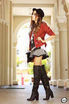 http://fashioncoolture.com.br/2014/04/09/look-du-jour-these-streets-2/
