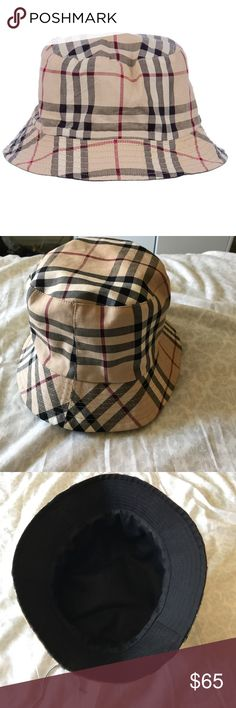 Burberry reversible bucket hat Authentic and perfect condition, worn once for about two hours Burberry Accessories