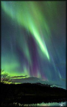 lake aurora by torivarn