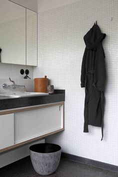 A perfect bathroom with objects by Michael Verheyden, Society and Il Laboratorium dell' Imperfetto.