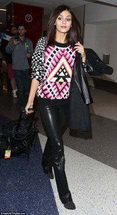 Victoria Justice - LAX Shines in Tight Black Leather Bells 2015  | Victoria Justice jets from New York to LA immaculately made-up wearing Black Leather Bells! Hot! Hot!! Hot!!! .