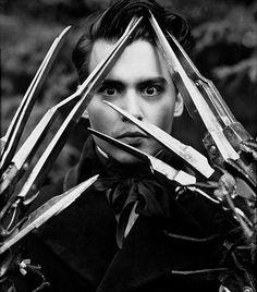 Johnny Depp with the scissorhands from Edward Scissorhands (Tim Burton). Eduardo Scissorhands, Johnny Depp Edward Scissorhands, Tim Burton, John Depp, Scissors Hand, 7 Arts, Tv Movie, Herb Ritts, The Lone Ranger