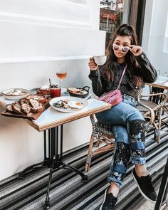 Saturday's were made for brunches at cute Cafe's 🍳🥐 Cute Cafe, Brunches, Hipster, New York, Instagram, Style, Fashion, Swag, Moda
