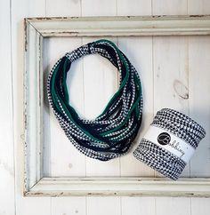 Navy blue houndstooth t-shirt yarn trapillo trapilho by Bobbiny