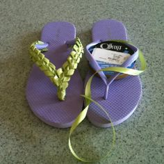 Another successful craft! Flip Flops Diy, Ribbon Flip Flops, Flip Flop Craft, Flip Flop Shoes, Beaded Shoes, Beaded Sandals, Swag Ideas, Flipflops, Spa Party