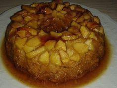 Ονειρεμένη Πουτίγκα μηλού! Θα απογειώσει το τραπέζι σας Apple Recipes, Sweet Recipes, Apple Deserts, Caramel Apples, Apple Caramel, Confectionery, Apple Pie, Food To Make, Food And Drink