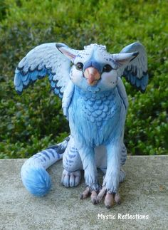 Blew the Gryphon ooak Polymer clay Sculpture | Etsy Polymer Clay Sculptures, Polymer Clay Animals, Cute Polymer Clay, Sculpture Clay, Sculpture Ideas, Art Doll Tutorial, Fairy Figurines, Like A Cat, Weird Creatures