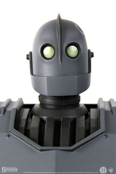 The Iron Giant Iron Giant Deluxe Collectible Figure by Mondo | Sideshow Collectibles