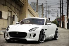 New F-Type fitted with staggered INOVIT Rotor in Satin Black #wheels #rims #car #cars