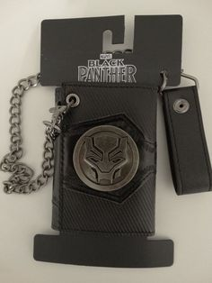 Bioworld Marvel Black Panther Wallet With Detachable Chain for sale online Marvel Clothes, Chains For Sale, Badge Logo, Black Panther Marvel, Mens Gear, Wallet Chain, Comic Character, Rey, Violin