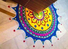 Rangoli Designs Latest, Simple Rangoli Designs Images, Rangoli Designs Flower, Rangoli Border Designs, Rangoli Designs Diwali, Rangoli Designs With Dots, Kolam Rangoli, Flower Rangoli, Easy Rangoli
