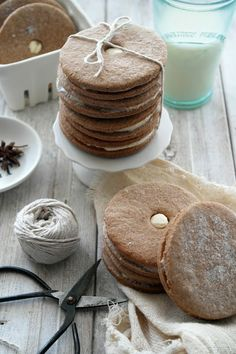 ..Twigg studios: speculaas cookies with maple cinnamon buttercream