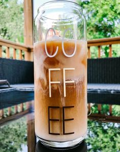 Iced Coffee Cup, Cute Coffee Cups, Coffee Tumbler, Coffee Tasting, Tumbler Cups, Coffee Drinks, Coffee Cans, Custom Cups, Custom Glass