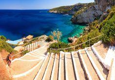 Hellas und Wilkommen auf Zakynthos. Die Ionische Insel ist einfach wunderschön! Was ihr auf der Insel erleben könnt, erfahrt ihr in meinen Zakynthos Tipps.