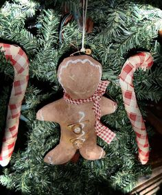 Primitive Christmas Hanging Gingerbread Man by FromTheFarmPrims