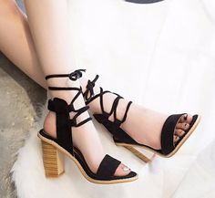 cedf58088af5 257 Best Footwear Women Shoe-Inspired images in 2019