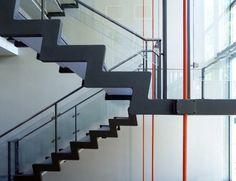 Jacobsen. Escalera ayuntamiento de Rodovre