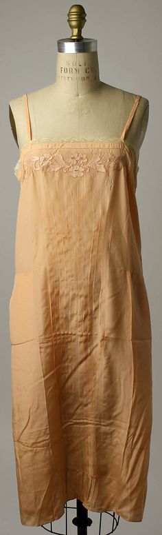 Slip, 1925-29.  Silk, cotton.  //  1920s, but pinning here for inspiration.