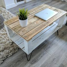 New variation of our reclaimed Pallet Coffee Table AHVIMA. Now available in Farm… New variation of our reclaimed Pallet Coffee Table AHVIMA. Now available in Farm… – Living Room Table – Palette Coffee Tables, Table Palette, Palette Deco, Diy Pallet Furniture, Diy Pallet Projects, Recycled Furniture, Wood Projects, Pallet Ideas, Pallet Crafts