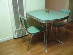 chrome vintage 1950s formica kitchen table and chairs teal mint green wow beautiful table and chairs and tables - Green Kitchen Table
