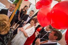 Balloons | © in-fluenz.de Balloons, Wedding Photography, Getting Married, Nice Asses, Globes, Balloon, Hot Air Balloons