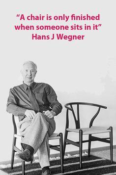 El diseñador Hans J Wegner diseñó muchas sillas, siempre buscando crear la silla perfecta. #muebles #mueblesmoderno #mueblesminimalista #diseño #diseñodeinteriores #decoracion #decoraciondeinteriores #minimalista #trendy #estiloescandinavo