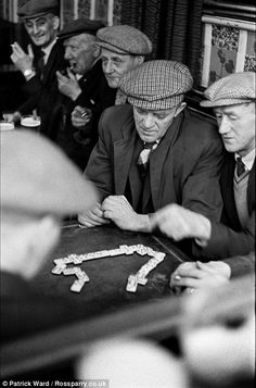 Men playing dominoes at a working men's club in Horden Old Pictures, Old Photos, Made In Dagenham, Nostalgia, British Pub, Old London, London Pubs, North East England, Coal Mining