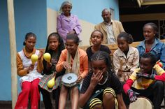 Young ethiopian girls involved in cultural activities | Part of CIFA project in Addis Ababa