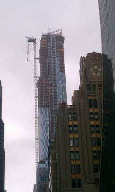Crane Collapse In New York: Boom Hanging Off One57 Building Due To Winds From Hurricane Sandy
