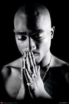 wall Tupac - Praying Posters at Tupac Wallpaper, Rap Wallpaper, Lion Wallpaper, Arte Hip Hop, Hip Hop Art, Snoop Dogg Music, Hip Hop Background, 2pac Tattoos, Tupac Poster