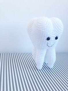Ravelry: Amigurumi Molar Wisdom Tooth pattern by Mari Carmen Idrovo - 4 euro