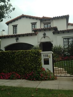 Simple spanish exterior = elegant