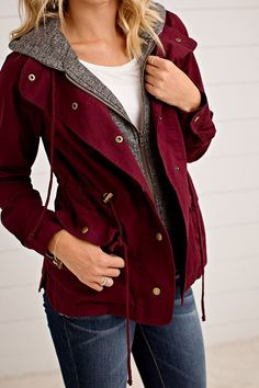 Need this layered utility jacket for fall! So cute!