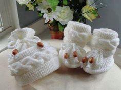 Materiales gráficos Gaby: Ropa bebés crochet y dos agujas
