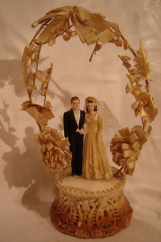 1940's CHALK WEDDING CAKE TOPPER