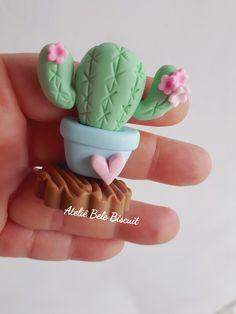 Polymer Clay Disney, Cute Polymer Clay, Cute Clay, Polymer Clay Charms, Polymer Clay Projects, Diy Clay, Clay Crafts, Easy Paper Crafts, Diy And Crafts